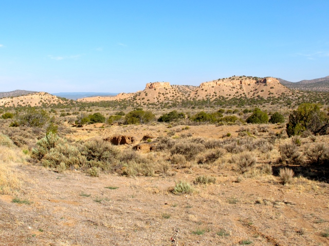 The landscape of Northern NM changes surprisingly quickly: from lush to dust, and back again.