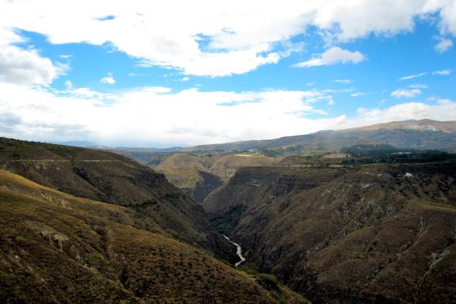El río por el valle