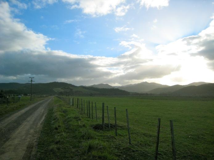 [farm road]